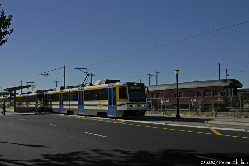(123k, 864x574)<br><b>Country:</b> United States<br><b>City:</b> Sacramento, CA<br><b>System:</b> SACRT Light Rail<br><b>Location:</b> Sacramento Valley Station (Amtrak) <br><b>Car:</b> Sacramento CAF LRV  202 <br><b>Photo by:</b> Peter Ehrlich<br><b>Date:</b> 8/20/2007<br><b>Notes:</b> Leaving Sacramento Valley Station.<br><b>Viewed (this week/total):</b> 1 / 1106