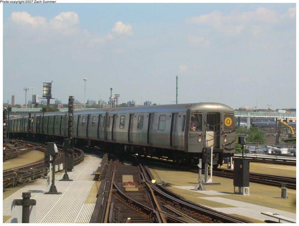 (189k, 1044x788)<br><b>Country:</b> United States<br><b>City:</b> New York<br><b>System:</b> New York City Transit<br><b>Location:</b> Coney Island/Stillwell Avenue<br><b>Route:</b> Q<br><b>Car:</b> R-68A (Kawasaki, 1988-1989)  5028 <br><b>Photo by:</b> Zach Summer<br><b>Date:</b> 8/12/2007<br><b>Viewed (this week/total):</b> 3 / 1561