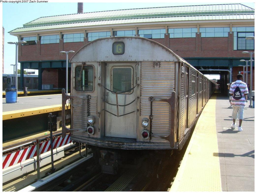 (229k, 1044x788)<br><b>Country:</b> United States<br><b>City:</b> New York<br><b>System:</b> New York City Transit<br><b>Location:</b> Coney Island/Stillwell Avenue<br><b>Route:</b> G<br><b>Car:</b> R-32 (Budd, 1964)  3501 <br><b>Photo by:</b> Zach Summer<br><b>Date:</b> 8/12/2007<br><b>Viewed (this week/total):</b> 0 / 1961