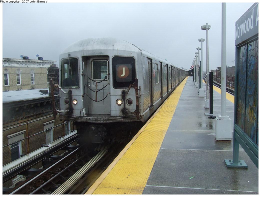 (163k, 1044x788)<br><b>Country:</b> United States<br><b>City:</b> New York<br><b>System:</b> New York City Transit<br><b>Line:</b> BMT Nassau Street/Jamaica Line<br><b>Location:</b> Norwood Avenue <br><b>Route:</b> J<br><b>Car:</b> R-42 (St. Louis, 1969-1970)  4707 <br><b>Photo by:</b> John Barnes<br><b>Date:</b> 8/21/2007<br><b>Viewed (this week/total):</b> 0 / 2339