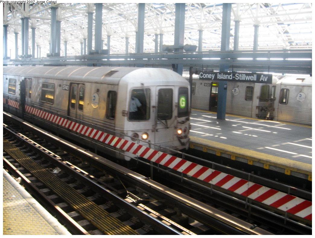 (184k, 1044x788)<br><b>Country:</b> United States<br><b>City:</b> New York<br><b>System:</b> New York City Transit<br><b>Location:</b> Coney Island/Stillwell Avenue<br><b>Route:</b> G<br><b>Car:</b> R-46 (Pullman-Standard, 1974-75) 5740 <br><b>Photo by:</b> Jorge Catayi<br><b>Date:</b> 8/12/2007<br><b>Viewed (this week/total):</b> 0 / 1927