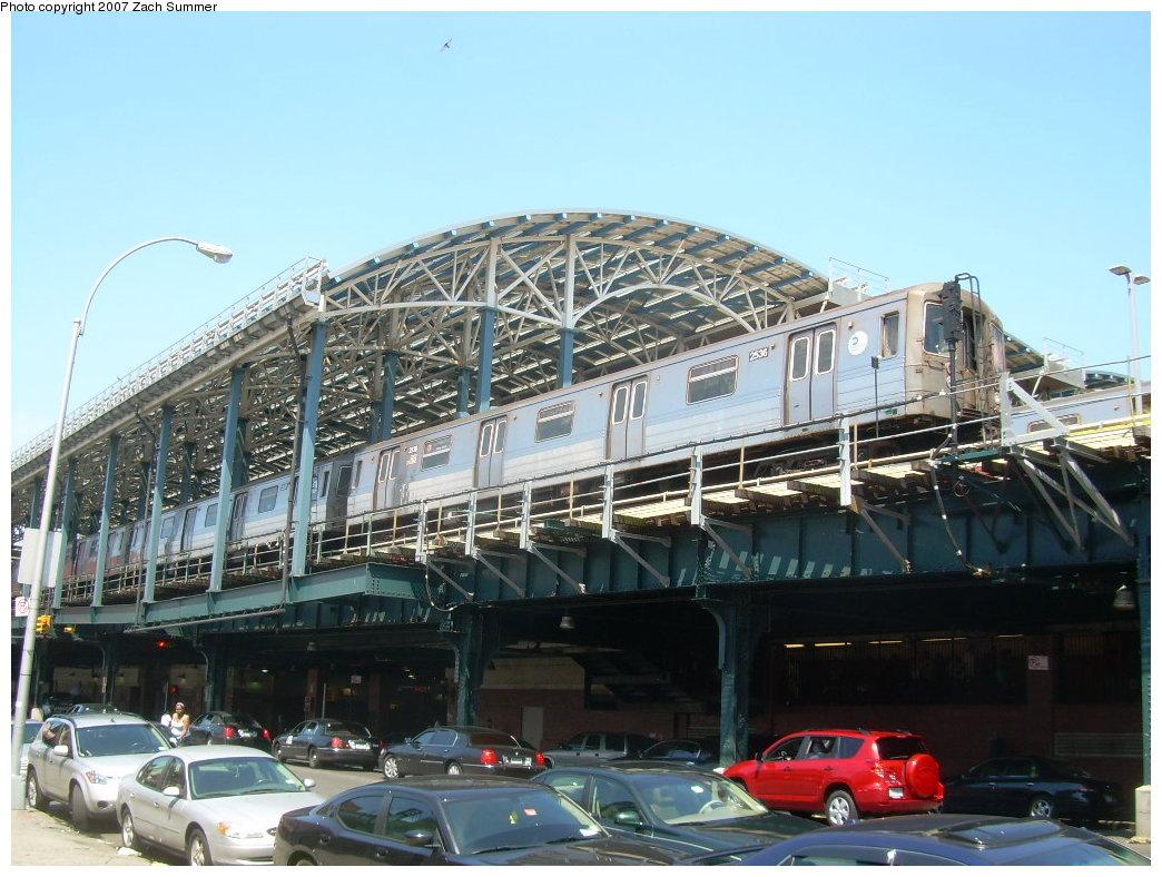 (223k, 1044x788)<br><b>Country:</b> United States<br><b>City:</b> New York<br><b>System:</b> New York City Transit<br><b>Location:</b> Coney Island/Stillwell Avenue<br><b>Route:</b> D<br><b>Car:</b> R-68 (Westinghouse-Amrail, 1986-1988)  2536 <br><b>Photo by:</b> Zach Summer<br><b>Date:</b> 8/12/2007<br><b>Viewed (this week/total):</b> 0 / 2422