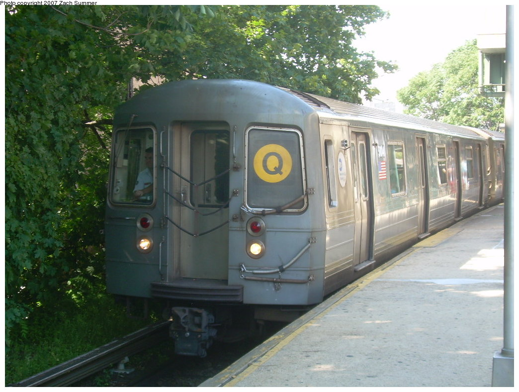 (216k, 1044x788)<br><b>Country:</b> United States<br><b>City:</b> New York<br><b>System:</b> New York City Transit<br><b>Line:</b> BMT Brighton Line<br><b>Location:</b> Kings Highway <br><b>Route:</b> Q<br><b>Car:</b> R-68A (Kawasaki, 1988-1989)  5104 <br><b>Photo by:</b> Zach Summer<br><b>Date:</b> 8/12/2007<br><b>Viewed (this week/total):</b> 3 / 1287