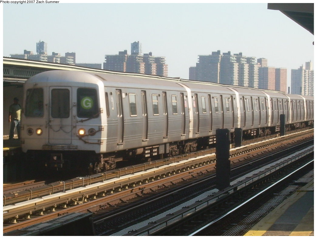 (189k, 1044x788)<br><b>Country:</b> United States<br><b>City:</b> New York<br><b>System:</b> New York City Transit<br><b>Line:</b> BMT Culver Line<br><b>Location:</b> Avenue U <br><b>Route:</b> G<br><b>Car:</b> R-46 (Pullman-Standard, 1974-75)  <br><b>Photo by:</b> Zach Summer<br><b>Date:</b> 8/12/2007<br><b>Viewed (this week/total):</b> 0 / 1981