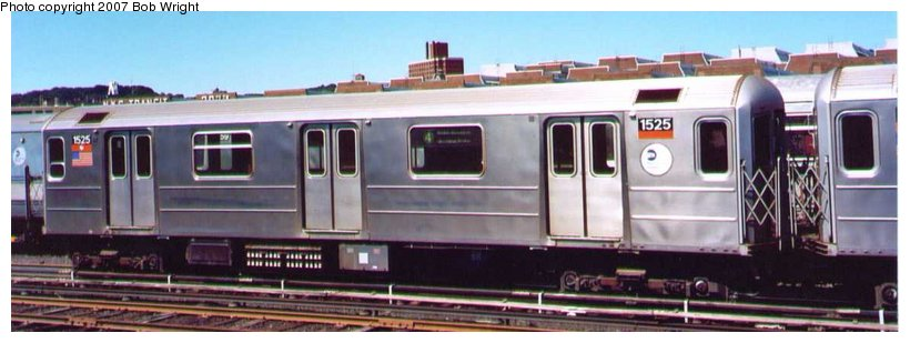 (58k, 820x309)<br><b>Country:</b> United States<br><b>City:</b> New York<br><b>System:</b> New York City Transit<br><b>Location:</b> 207th Street Yard<br><b>Car:</b> R-62 (Kawasaki, 1983-1985)  1525 <br><b>Photo by:</b> Bob Wright<br><b>Date:</b> 8/24/2003<br><b>Viewed (this week/total):</b> 1 / 1799
