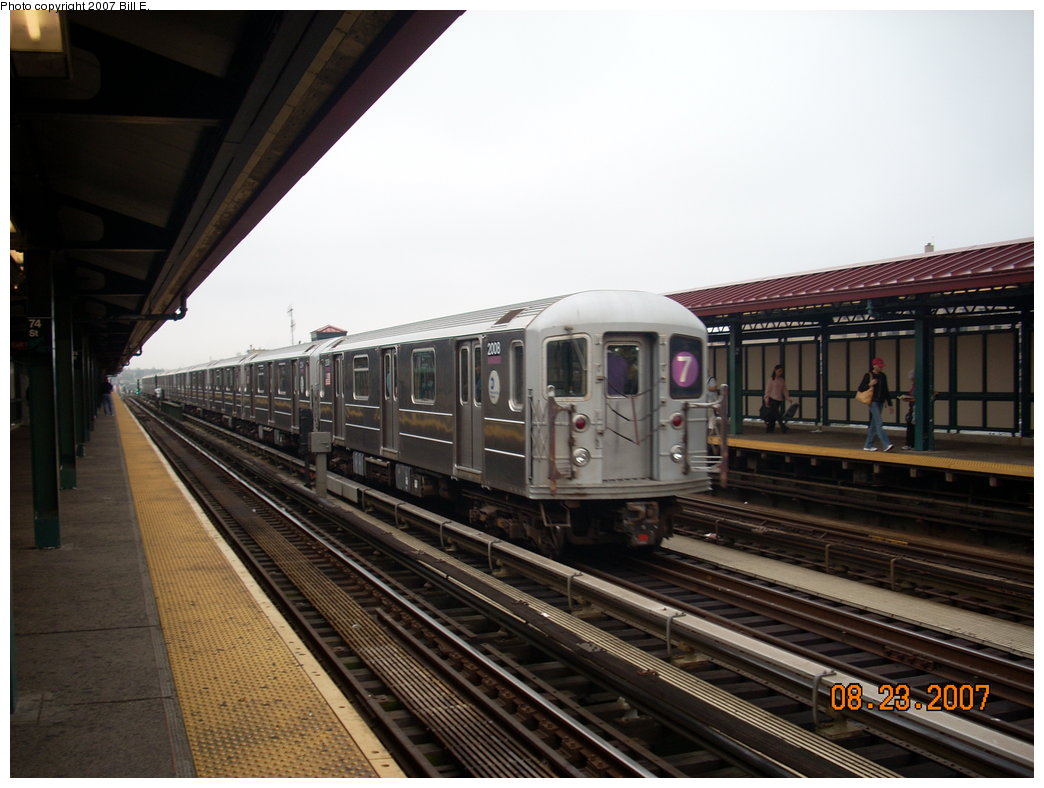 (190k, 1044x788)<br><b>Country:</b> United States<br><b>City:</b> New York<br><b>System:</b> New York City Transit<br><b>Line:</b> IRT Flushing Line<br><b>Location:</b> 74th Street/Broadway <br><b>Route:</b> 7<br><b>Car:</b> R-62A (Bombardier, 1984-1987)  2004 <br><b>Photo by:</b> Bill E.<br><b>Date:</b> 8/23/2007<br><b>Viewed (this week/total):</b> 2 / 2111
