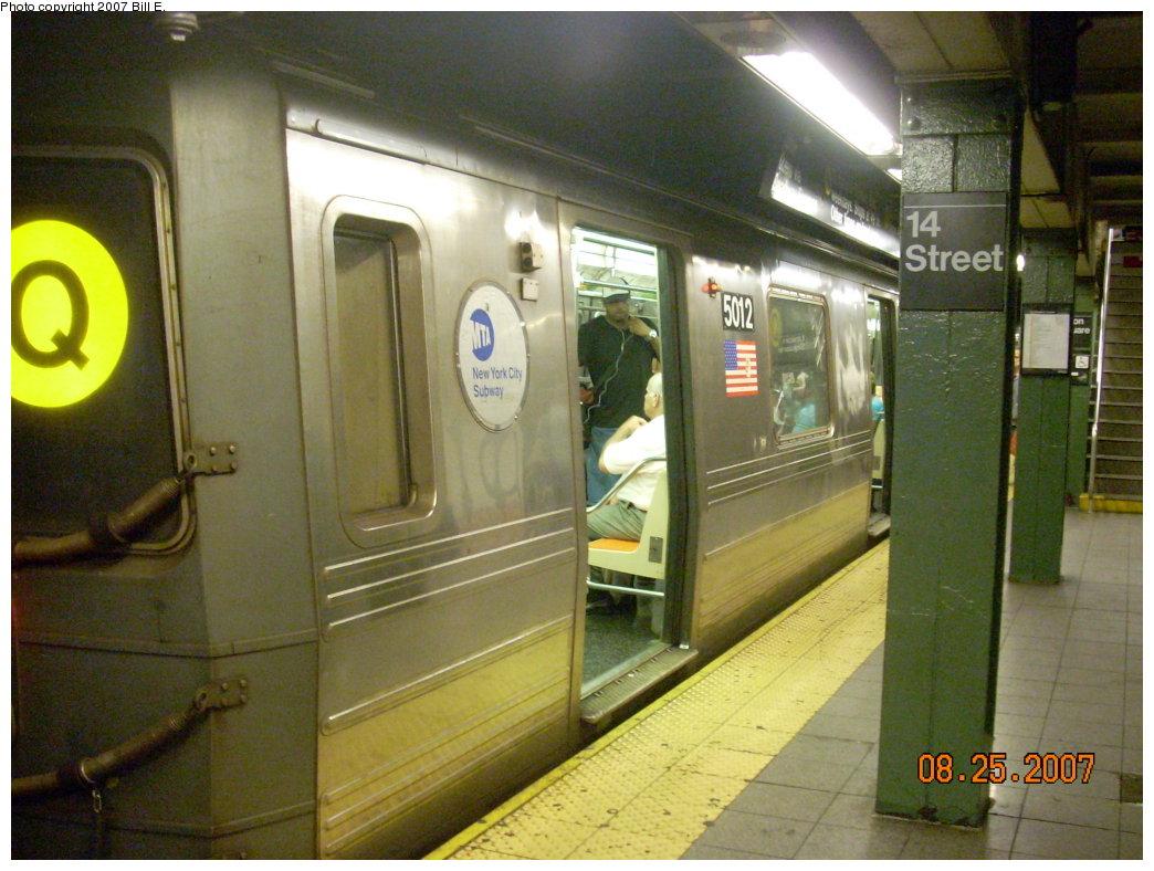 (209k, 1044x788)<br><b>Country:</b> United States<br><b>City:</b> New York<br><b>System:</b> New York City Transit<br><b>Line:</b> BMT Broadway Line<br><b>Location:</b> 14th Street/Union Square <br><b>Route:</b> Q<br><b>Car:</b> R-68A (Kawasaki, 1988-1989)  5012 <br><b>Photo by:</b> Bill E.<br><b>Date:</b> 8/25/2007<br><b>Viewed (this week/total):</b> 2 / 3064