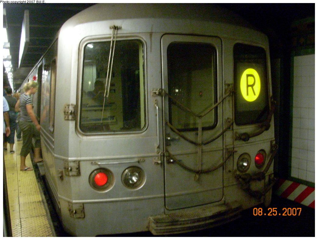 (194k, 1044x788)<br><b>Country:</b> United States<br><b>City:</b> New York<br><b>System:</b> New York City Transit<br><b>Line:</b> BMT Broadway Line<br><b>Location:</b> 14th Street/Union Square <br><b>Route:</b> R<br><b>Car:</b> R-46 (Pullman-Standard, 1974-75) 5790 <br><b>Photo by:</b> Bill E.<br><b>Date:</b> 8/25/2007<br><b>Viewed (this week/total):</b> 0 / 2869