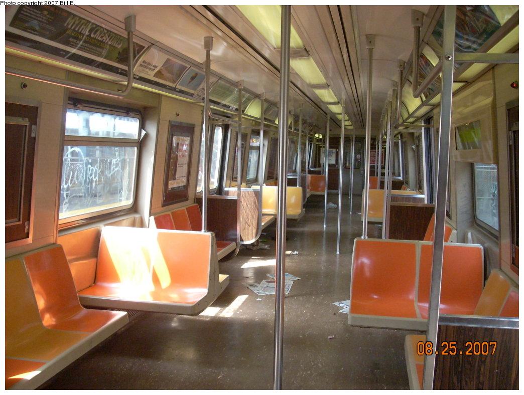 (206k, 1044x788)<br><b>Country:</b> United States<br><b>City:</b> New York<br><b>System:</b> New York City Transit<br><b>Route:</b> F<br><b>Car:</b> R-46 (Pullman-Standard, 1974-75) Interior <br><b>Photo by:</b> Bill E.<br><b>Date:</b> 8/25/2007<br><b>Viewed (this week/total):</b> 0 / 2075