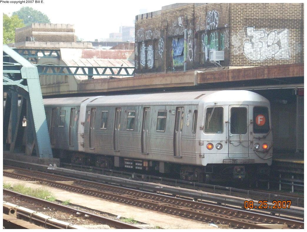 (209k, 1044x788)<br><b>Country:</b> United States<br><b>City:</b> New York<br><b>System:</b> New York City Transit<br><b>Line:</b> IND Crosstown Line<br><b>Location:</b> 4th Avenue <br><b>Route:</b> F<br><b>Car:</b> R-46 (Pullman-Standard, 1974-75) 6100 <br><b>Photo by:</b> Bill E.<br><b>Date:</b> 8/25/2007<br><b>Viewed (this week/total):</b> 4 / 1900