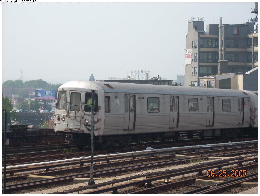 (168k, 1044x788)<br><b>Country:</b> United States<br><b>City:</b> New York<br><b>System:</b> New York City Transit<br><b>Line:</b> IND Crosstown Line<br><b>Location:</b> Smith/9th Street <br><b>Route:</b> G<br><b>Car:</b> R-46 (Pullman-Standard, 1974-75) 5822 <br><b>Photo by:</b> Bill E.<br><b>Date:</b> 8/25/2007<br><b>Viewed (this week/total):</b> 1 / 1898