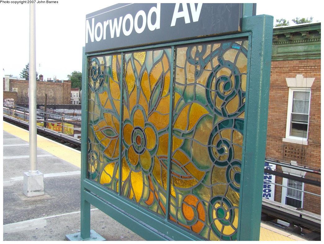 (236k, 1044x788)<br><b>Country:</b> United States<br><b>City:</b> New York<br><b>System:</b> New York City Transit<br><b>Line:</b> BMT Nassau Street/Jamaica Line<br><b>Location:</b> Norwood Avenue <br><b>Photo by:</b> John Barnes<br><b>Date:</b> 8/26/2007<br><b>Artwork:</b> <i>Culture Swirl</i>, Margaret Lanzetta (2007).<br><b>Viewed (this week/total):</b> 3 / 1281