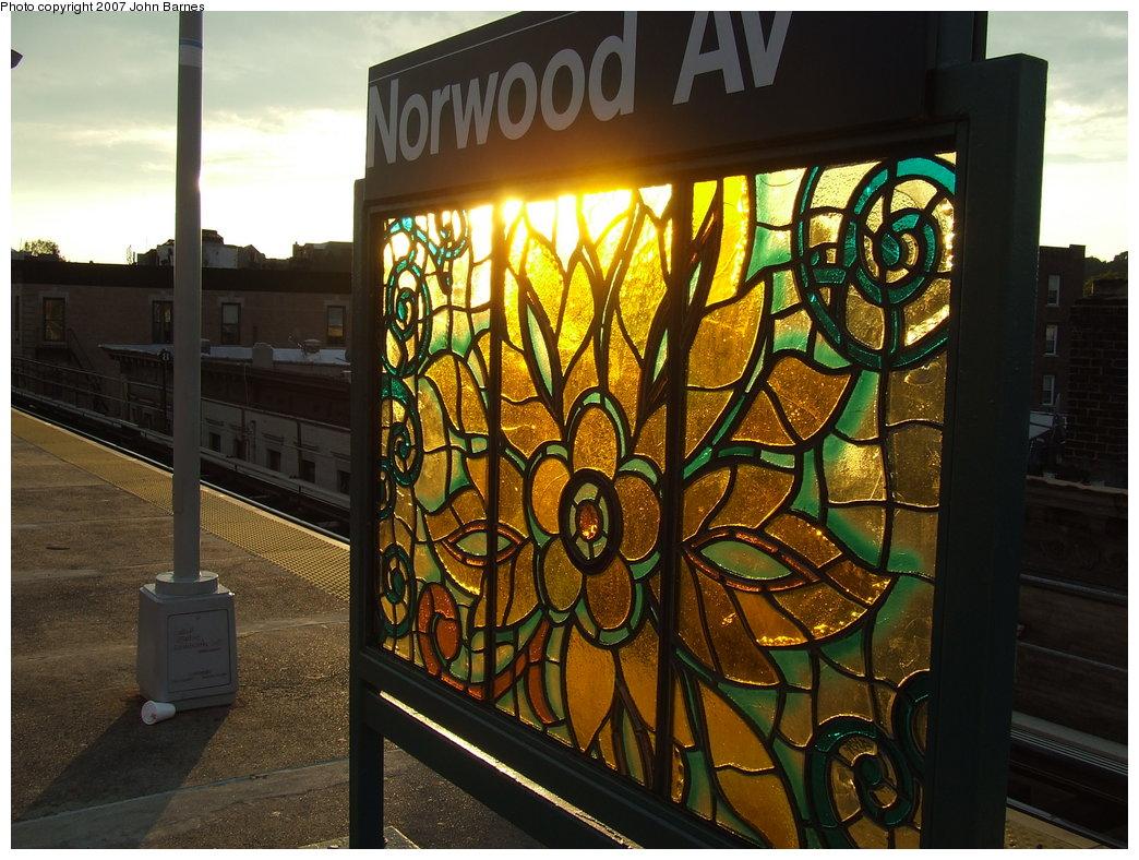 (212k, 1044x788)<br><b>Country:</b> United States<br><b>City:</b> New York<br><b>System:</b> New York City Transit<br><b>Line:</b> BMT Nassau Street/Jamaica Line<br><b>Location:</b> Norwood Avenue <br><b>Photo by:</b> John Barnes<br><b>Date:</b> 8/26/2007<br><b>Artwork:</b> <i>Culture Swirl</i>, Margaret Lanzetta (2007).<br><b>Viewed (this week/total):</b> 0 / 1841