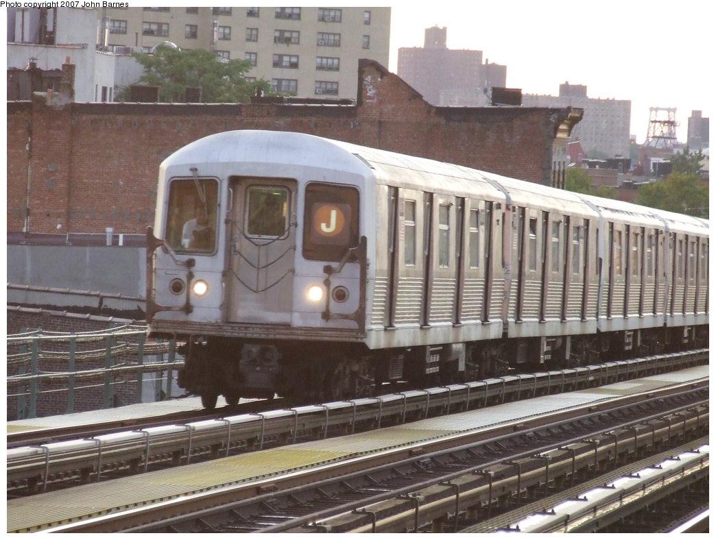 (184k, 1044x788)<br><b>Country:</b> United States<br><b>City:</b> New York<br><b>System:</b> New York City Transit<br><b>Line:</b> BMT Nassau Street/Jamaica Line<br><b>Location:</b> Chauncey Street <br><b>Route:</b> J<br><b>Car:</b> R-42 (St. Louis, 1969-1970)  4807 <br><b>Photo by:</b> John Barnes<br><b>Date:</b> 8/26/2007<br><b>Viewed (this week/total):</b> 1 / 2618