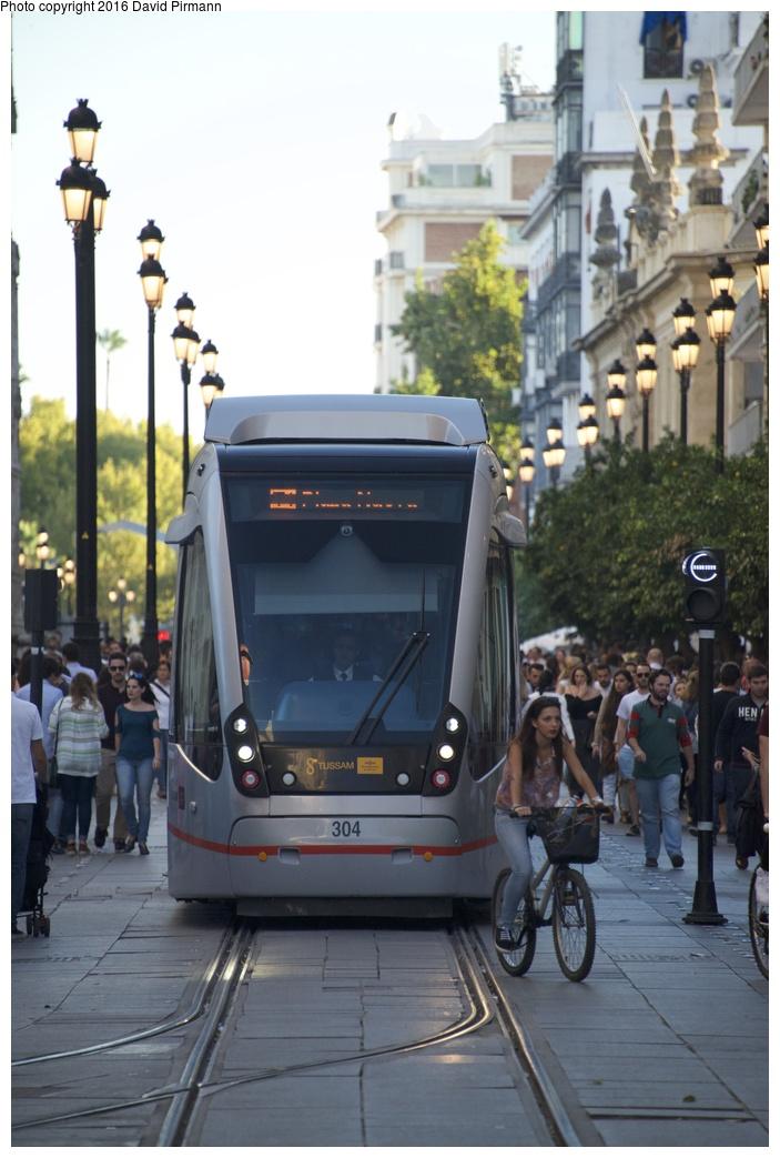 (225k, 703x1043)<br><b>Country:</b> Spain<br><b>City:</b> Seville<br><b>System:</b> Tranvía MetroCentro <br><b>Location:</b> Pl. de S. Francisco <br><b>Car:</b> CAF Urbos 3  304 <br><b>Photo by:</b> David Pirmann<br><b>Date:</b> 11/7/2015<br><b>Viewed (this week/total):</b> 0 / 460