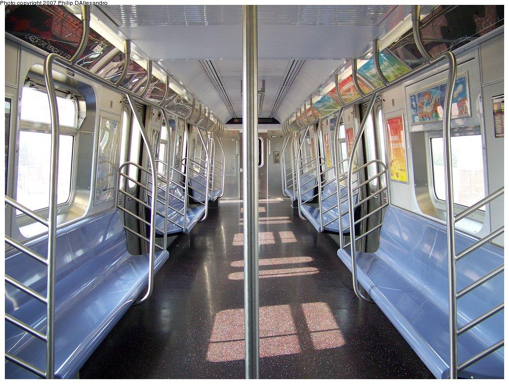 (230k, 1044x788)<br><b>Country:</b> United States<br><b>City:</b> New York<br><b>System:</b> New York City Transit<br><b>Route:</b> N<br><b>Car:</b> R-160B (Kawasaki, 2005-2008)  8852 <br><b>Photo by:</b> Philip D'Allesandro<br><b>Date:</b> 8/25/2007<br><b>Viewed (this week/total):</b> 0 / 2302