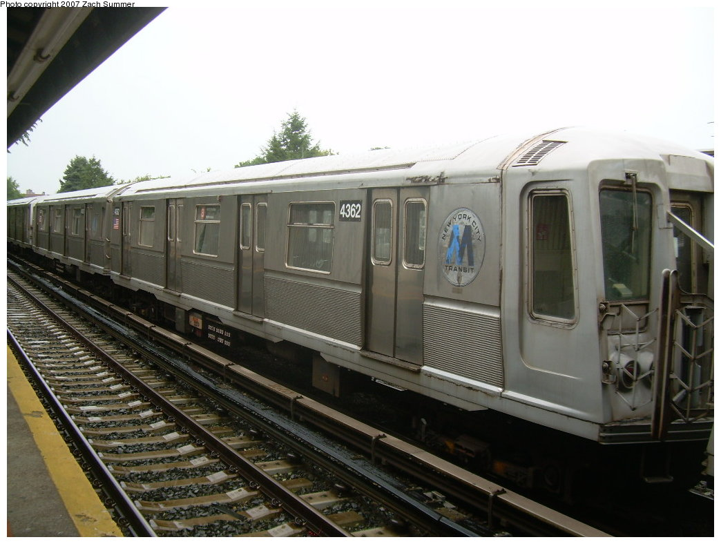 (192k, 1044x788)<br><b>Country:</b> United States<br><b>City:</b> New York<br><b>System:</b> New York City Transit<br><b>Line:</b> BMT Brighton Line<br><b>Location:</b> Neck Road <br><b>Car:</b> R-40 (St. Louis, 1968)  4362 <br><b>Photo by:</b> Zach Summer<br><b>Date:</b> 8/19/2007<br><b>Notes:</b> Layup. Note old M logo.<br><b>Viewed (this week/total):</b> 0 / 1891