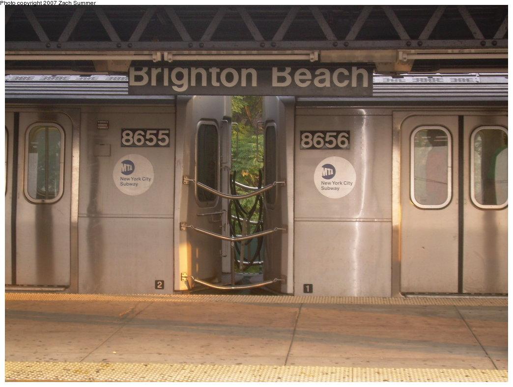 (175k, 1044x788)<br><b>Country:</b> United States<br><b>City:</b> New York<br><b>System:</b> New York City Transit<br><b>Line:</b> BMT Brighton Line<br><b>Location:</b> Brighton Beach <br><b>Car:</b> R-160A-2 (Alstom, 2005-2008, 5 car sets)  8655/8656 <br><b>Photo by:</b> Zach Summer<br><b>Date:</b> 8/25/2007<br><b>Viewed (this week/total):</b> 0 / 4354