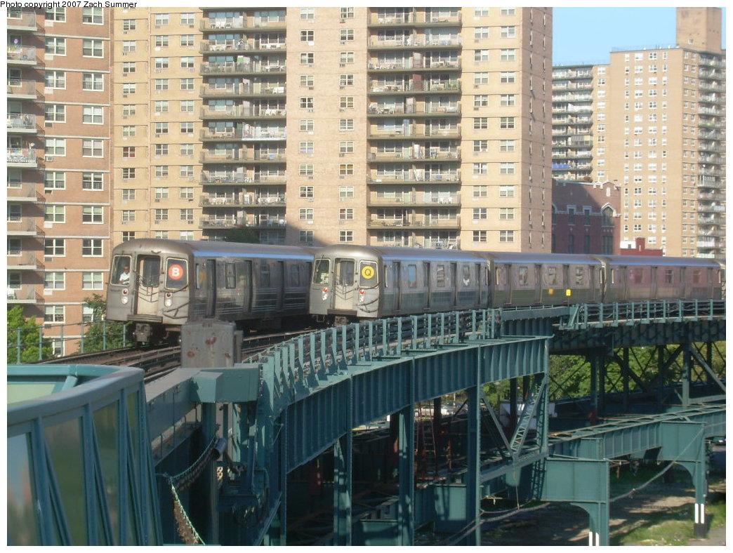 (251k, 1044x788)<br><b>Country:</b> United States<br><b>City:</b> New York<br><b>System:</b> New York City Transit<br><b>Line:</b> BMT Brighton Line<br><b>Location:</b> West 8th Street <br><b>Route:</b> B/Q<br><b>Car:</b> R-68A (Kawasaki, 1988-1989)   <br><b>Photo by:</b> Zach Summer<br><b>Date:</b> 8/27/2007<br><b>Viewed (this week/total):</b> 0 / 2408