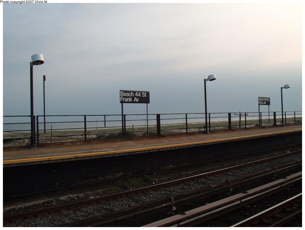 (119k, 1044x788)<br><b>Country:</b> United States<br><b>City:</b> New York<br><b>System:</b> New York City Transit<br><b>Line:</b> IND Rockaway<br><b>Location:</b> Beach 44th Street/Frank Avenue <br><b>Photo by:</b> Chris M.<br><b>Date:</b> 8/31/2007<br><b>Notes:</b> Station view.<br><b>Viewed (this week/total):</b> 1 / 1025