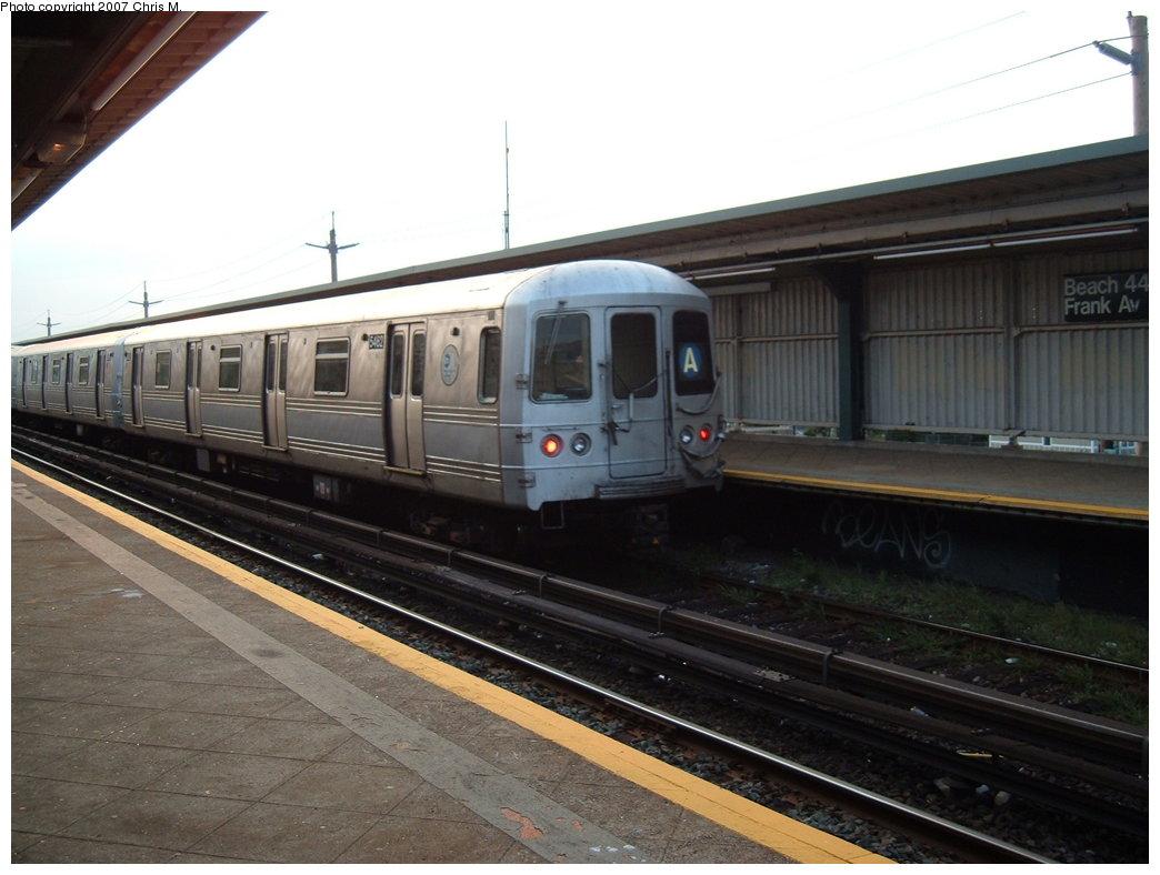 (151k, 1044x788)<br><b>Country:</b> United States<br><b>City:</b> New York<br><b>System:</b> New York City Transit<br><b>Line:</b> IND Rockaway<br><b>Location:</b> Beach 44th Street/Frank Avenue <br><b>Route:</b> A<br><b>Car:</b> R-46 (Pullman-Standard, 1974-75) 5482 <br><b>Photo by:</b> Chris M.<br><b>Date:</b> 8/31/2007<br><b>Viewed (this week/total):</b> 0 / 1246