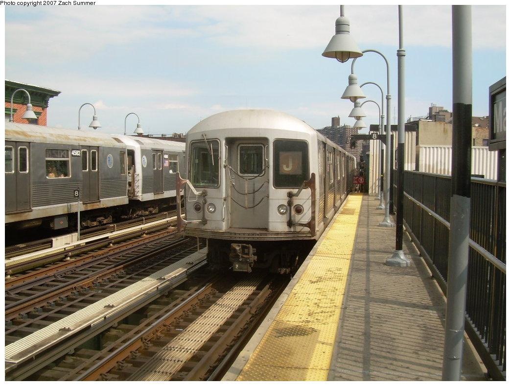 (217k, 1044x788)<br><b>Country:</b> United States<br><b>City:</b> New York<br><b>System:</b> New York City Transit<br><b>Line:</b> BMT Nassau Street/Jamaica Line<br><b>Location:</b> Marcy Avenue <br><b>Route:</b> J<br><b>Car:</b> R-42 (St. Louis, 1969-1970)   <br><b>Photo by:</b> Zach Summer<br><b>Date:</b> 8/28/2007<br><b>Viewed (this week/total):</b> 0 / 1392