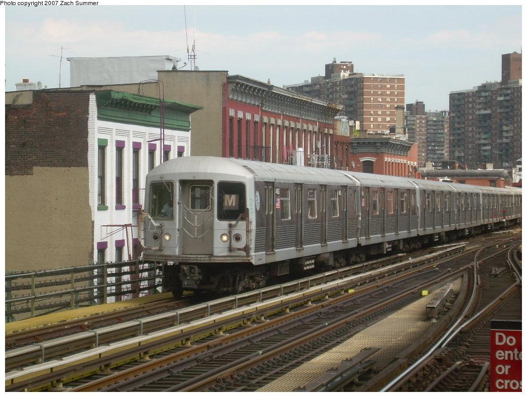 (227k, 1044x788)<br><b>Country:</b> United States<br><b>City:</b> New York<br><b>System:</b> New York City Transit<br><b>Line:</b> BMT Nassau Street/Jamaica Line<br><b>Location:</b> Marcy Avenue <br><b>Route:</b> M<br><b>Car:</b> R-42 (St. Louis, 1969-1970)  4683 <br><b>Photo by:</b> Zach Summer<br><b>Date:</b> 8/28/2007<br><b>Viewed (this week/total):</b> 0 / 1748