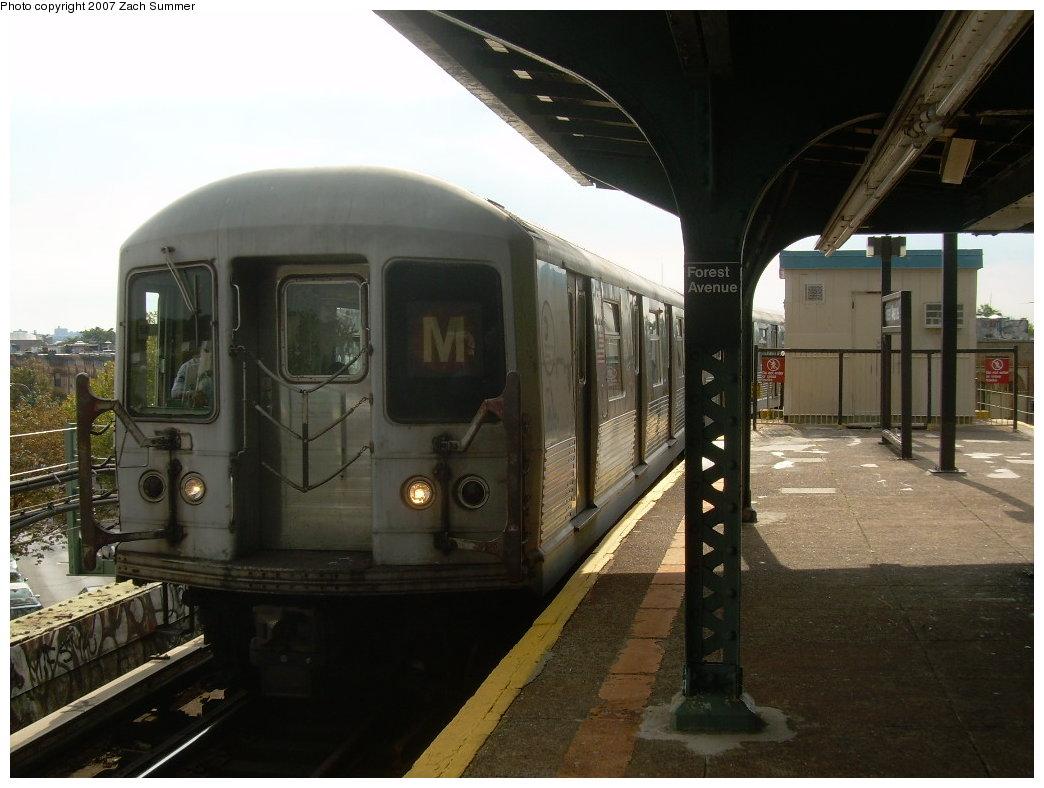 (182k, 1044x788)<br><b>Country:</b> United States<br><b>City:</b> New York<br><b>System:</b> New York City Transit<br><b>Line:</b> BMT Myrtle Avenue Line<br><b>Location:</b> Forest Avenue <br><b>Route:</b> M<br><b>Car:</b> R-42 (St. Louis, 1969-1970)  4566 <br><b>Photo by:</b> Zach Summer<br><b>Date:</b> 8/28/2007<br><b>Viewed (this week/total):</b> 2 / 2386