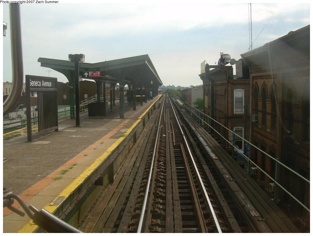 (189k, 1044x788)<br><b>Country:</b> United States<br><b>City:</b> New York<br><b>System:</b> New York City Transit<br><b>Line:</b> BMT Myrtle Avenue Line<br><b>Location:</b> Seneca Avenue <br><b>Photo by:</b> Zach Summer<br><b>Date:</b> 8/28/2007<br><b>Notes:</b> Station view.<br><b>Viewed (this week/total):</b> 0 / 1388
