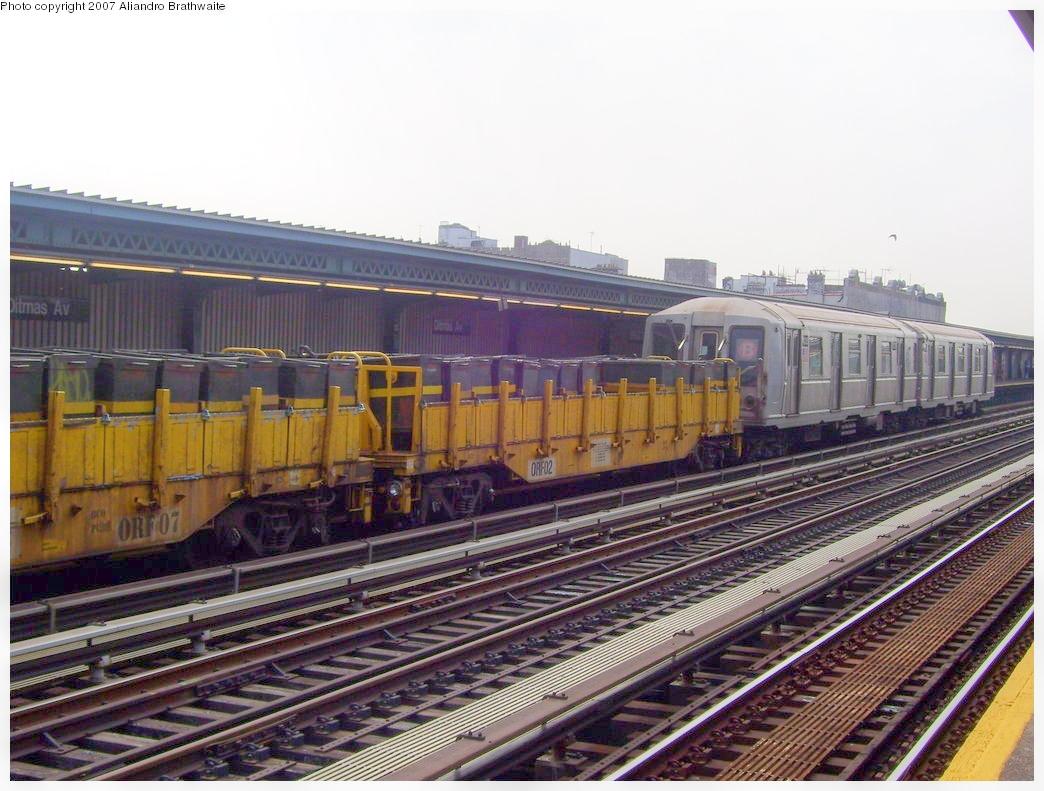 (523k, 1044x791)<br><b>Country:</b> United States<br><b>City:</b> New York<br><b>System:</b> New York City Transit<br><b>Line:</b> BMT Culver Line<br><b>Location:</b> Ditmas Avenue <br><b>Route:</b> Work Service<br><b>Car:</b> R-33 Main Line (St. Louis, 1962-63) 4325 <br><b>Photo by:</b> Aliandro Brathwaite<br><b>Date:</b> 8/30/2007<br><b>Viewed (this week/total):</b> 0 / 1696