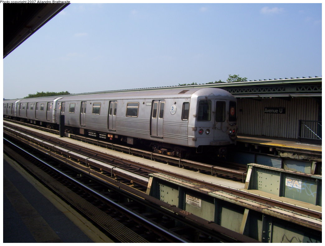 (157k, 1044x791)<br><b>Country:</b> United States<br><b>City:</b> New York<br><b>System:</b> New York City Transit<br><b>Line:</b> BMT Culver Line<br><b>Location:</b> Avenue U <br><b>Route:</b> F<br><b>Car:</b> R-46 (Pullman-Standard, 1974-75) 5558 <br><b>Photo by:</b> Aliandro Brathwaite<br><b>Date:</b> 8/30/2007<br><b>Viewed (this week/total):</b> 0 / 1896