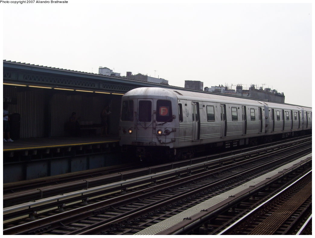 (147k, 1044x791)<br><b>Country:</b> United States<br><b>City:</b> New York<br><b>System:</b> New York City Transit<br><b>Line:</b> BMT Culver Line<br><b>Location:</b> Ditmas Avenue <br><b>Route:</b> F<br><b>Car:</b> R-46 (Pullman-Standard, 1974-75) 6170 <br><b>Photo by:</b> Aliandro Brathwaite<br><b>Date:</b> 8/30/2007<br><b>Viewed (this week/total):</b> 0 / 1686
