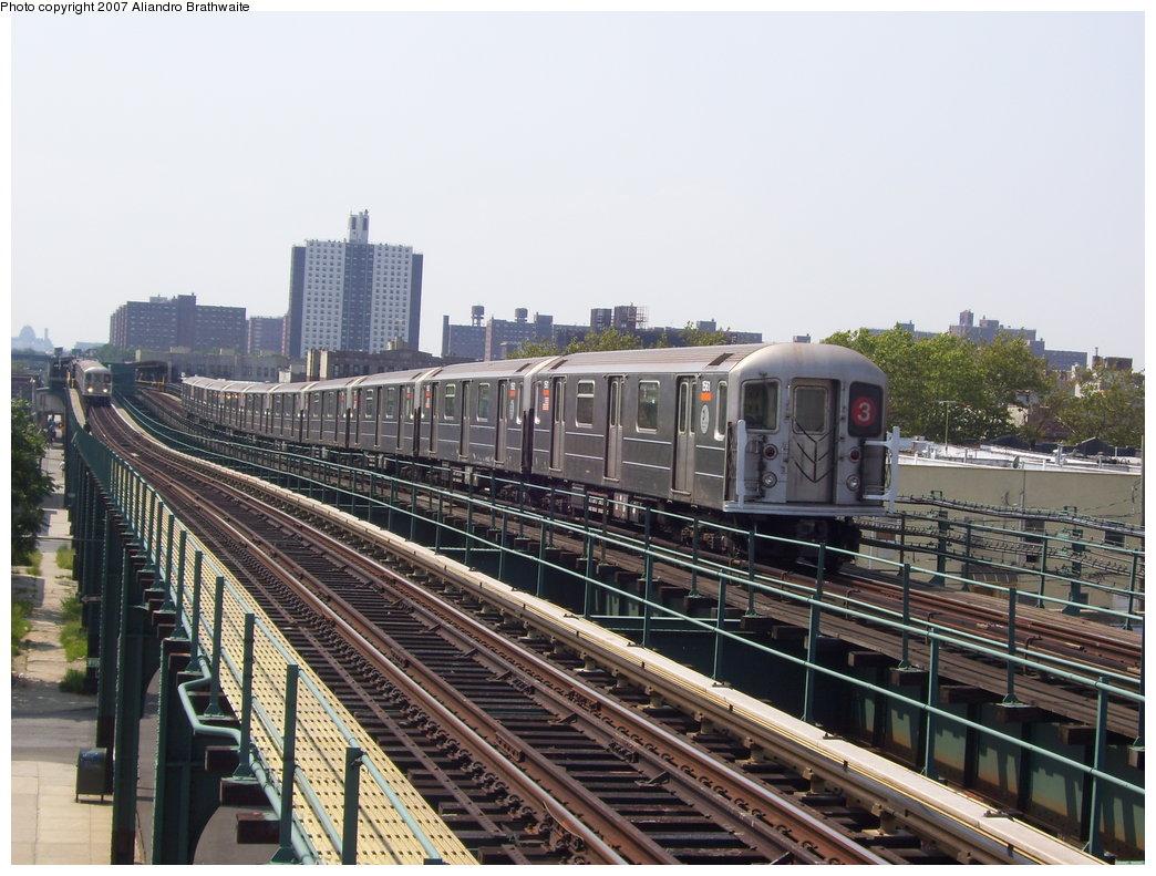 (206k, 1044x791)<br><b>Country:</b> United States<br><b>City:</b> New York<br><b>System:</b> New York City Transit<br><b>Line:</b> IRT Brooklyn Line<br><b>Location:</b> Van Siclen Avenue <br><b>Route:</b> 3<br><b>Car:</b> R-62 (Kawasaki, 1983-1985)  1540 <br><b>Photo by:</b> Aliandro Brathwaite<br><b>Date:</b> 8/30/2007<br><b>Viewed (this week/total):</b> 0 / 2224