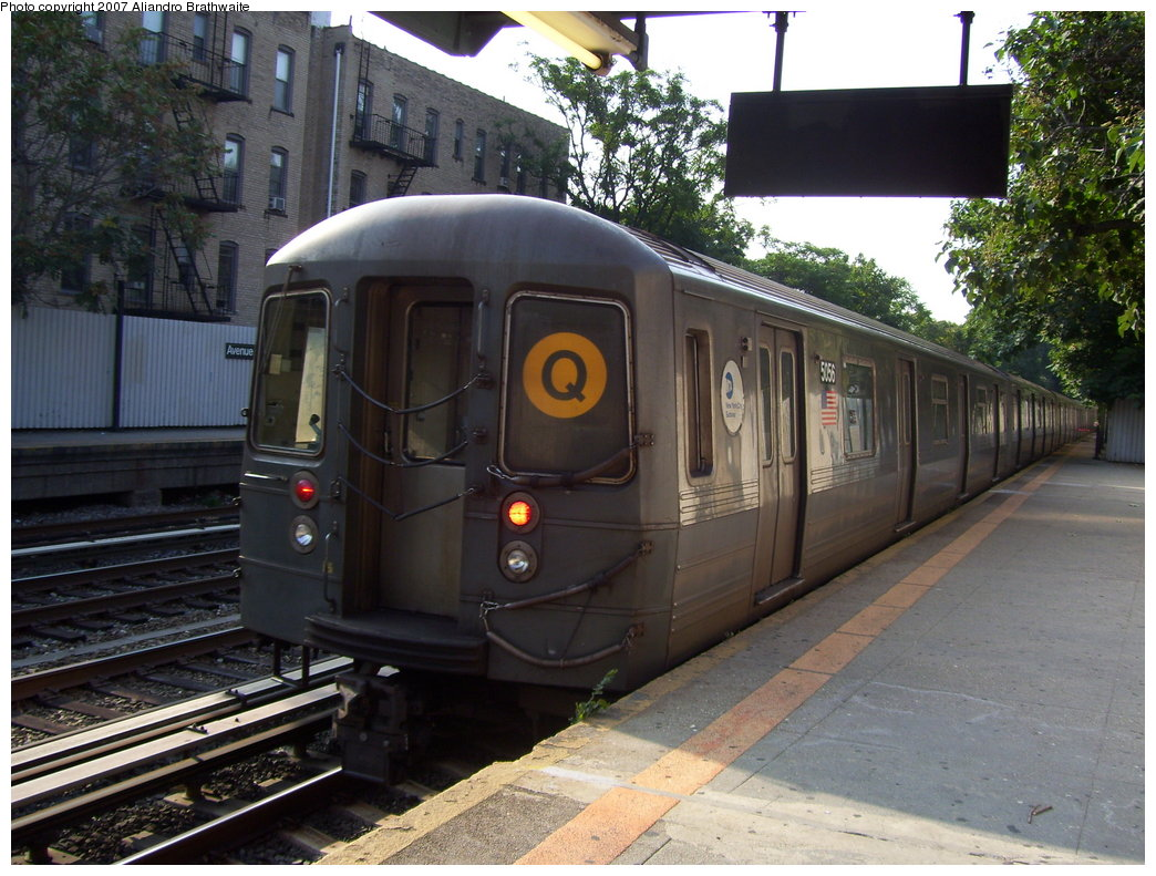 (209k, 1044x791)<br><b>Country:</b> United States<br><b>City:</b> New York<br><b>System:</b> New York City Transit<br><b>Line:</b> BMT Brighton Line<br><b>Location:</b> Avenue H <br><b>Route:</b> Q<br><b>Car:</b> R-68A (Kawasaki, 1988-1989)  5156 <br><b>Photo by:</b> Aliandro Brathwaite<br><b>Date:</b> 8/30/2007<br><b>Viewed (this week/total):</b> 9 / 2212