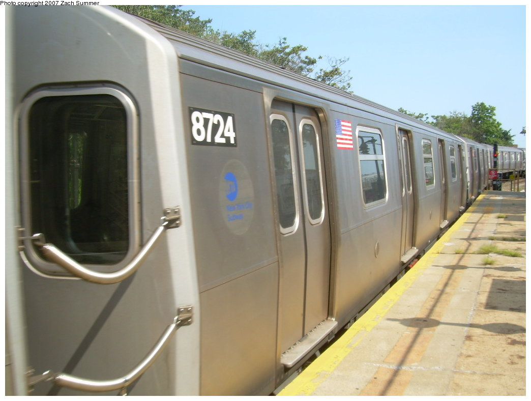 (166k, 1044x788)<br><b>Country:</b> United States<br><b>City:</b> New York<br><b>System:</b> New York City Transit<br><b>Line:</b> BMT West End Line<br><b>Location:</b> 9th Avenue <br><b>Route:</b> N<br><b>Car:</b> R-160B (Kawasaki, 2005-2008)  8724 <br><b>Photo by:</b> Zach Summer<br><b>Date:</b> 8/29/2007<br><b>Notes:</b> Reroute via West End.<br><b>Viewed (this week/total):</b> 4 / 2262