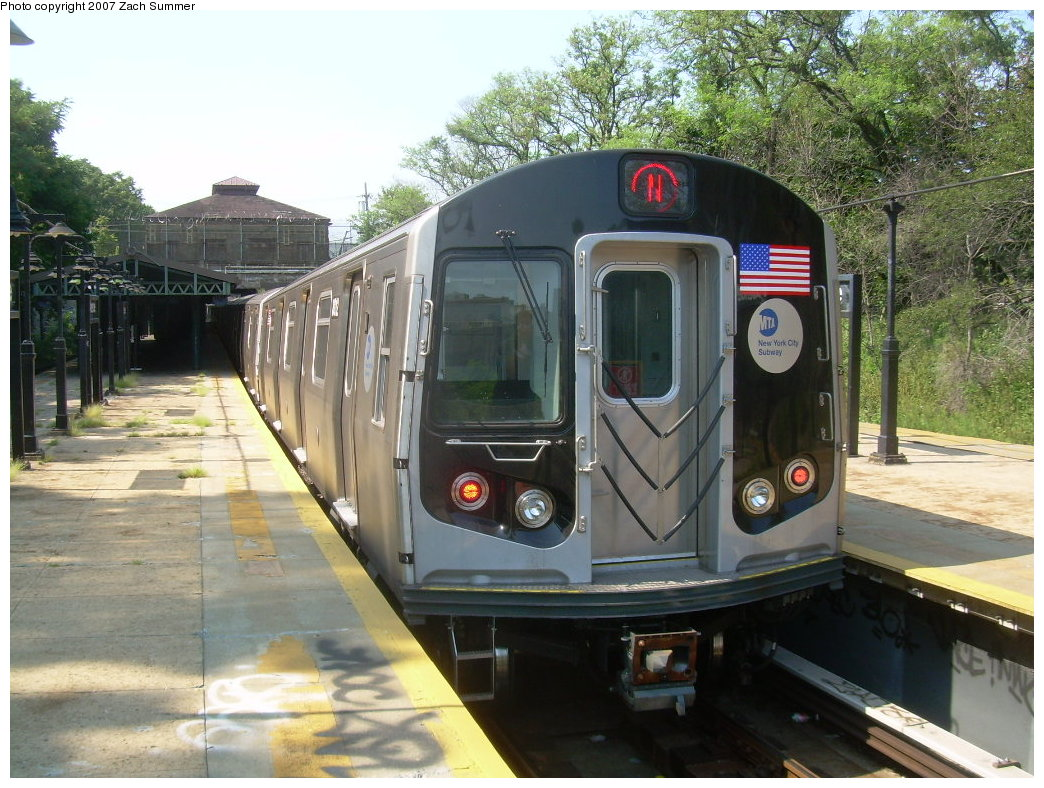 (241k, 1044x788)<br><b>Country:</b> United States<br><b>City:</b> New York<br><b>System:</b> New York City Transit<br><b>Line:</b> BMT West End Line<br><b>Location:</b> 9th Avenue <br><b>Route:</b> N<br><b>Car:</b> R-160B (Kawasaki, 2005-2008)  8812 <br><b>Photo by:</b> Zach Summer<br><b>Date:</b> 8/29/2007<br><b>Notes:</b> Reroute via West End.<br><b>Viewed (this week/total):</b> 0 / 2287