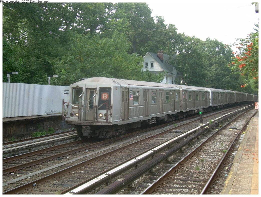 (270k, 1044x788)<br><b>Country:</b> United States<br><b>City:</b> New York<br><b>System:</b> New York City Transit<br><b>Line:</b> BMT Brighton Line<br><b>Location:</b> Avenue H <br><b>Route:</b> B<br><b>Car:</b> R-40 (St. Louis, 1968)  4203 <br><b>Photo by:</b> Zach Summer<br><b>Date:</b> 8/31/2007<br><b>Viewed (this week/total):</b> 0 / 2295