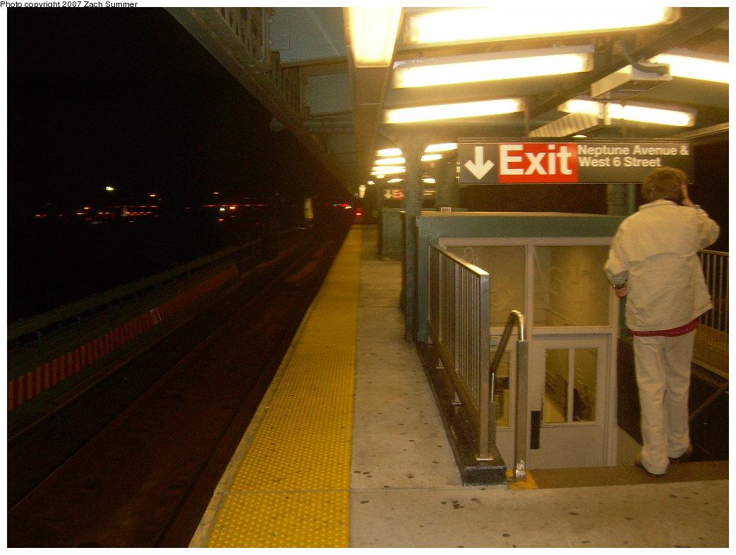 (171k, 1044x788)<br><b>Country:</b> United States<br><b>City:</b> New York<br><b>System:</b> New York City Transit<br><b>Line:</b> BMT Culver Line<br><b>Location:</b> Neptune Avenue <br><b>Photo by:</b> Zach Summer<br><b>Date:</b> 9/2/2007<br><b>Viewed (this week/total):</b> 0 / 1539