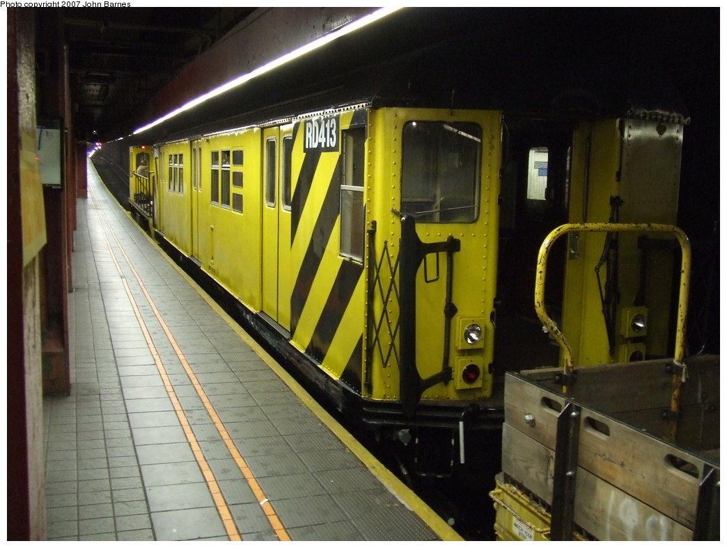 (172k, 1044x788)<br><b>Country:</b> United States<br><b>City:</b> New York<br><b>System:</b> New York City Transit<br><b>Line:</b> IND 6th Avenue Line<br><b>Location:</b> 34th Street/Herald Square <br><b>Route:</b> Work Service<br><b>Car:</b> R-161 Rider Car (ex-R-33)  RD413 (ex-8816)<br><b>Photo by:</b> John Barnes<br><b>Date:</b> 8/31/2007<br><b>Viewed (this week/total):</b> 5 / 2178