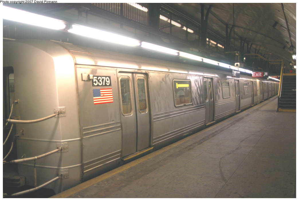 (184k, 1044x701)<br><b>Country:</b> United States<br><b>City:</b> New York<br><b>System:</b> New York City Transit<br><b>Line:</b> IND 8th Avenue Line<br><b>Location:</b> 181st Street <br><b>Route:</b> A<br><b>Car:</b> R-44 (St. Louis, 1971-73) 5379 <br><b>Photo by:</b> David Pirmann<br><b>Date:</b> 9/10/2007<br><b>Viewed (this week/total):</b> 3 / 2410