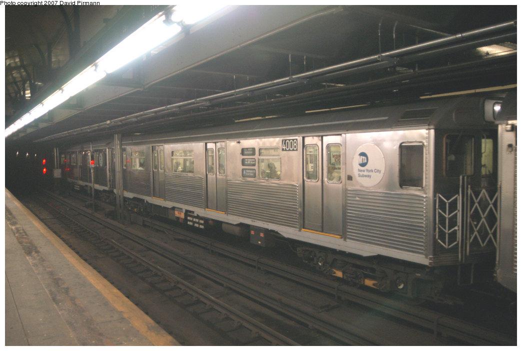 (174k, 1044x701)<br><b>Country:</b> United States<br><b>City:</b> New York<br><b>System:</b> New York City Transit<br><b>Line:</b> IND 8th Avenue Line<br><b>Location:</b> 181st Street <br><b>Route:</b> A<br><b>Car:</b> R-38 (St. Louis, 1966-1967)  4008 <br><b>Photo by:</b> David Pirmann<br><b>Date:</b> 9/10/2007<br><b>Viewed (this week/total):</b> 0 / 2631