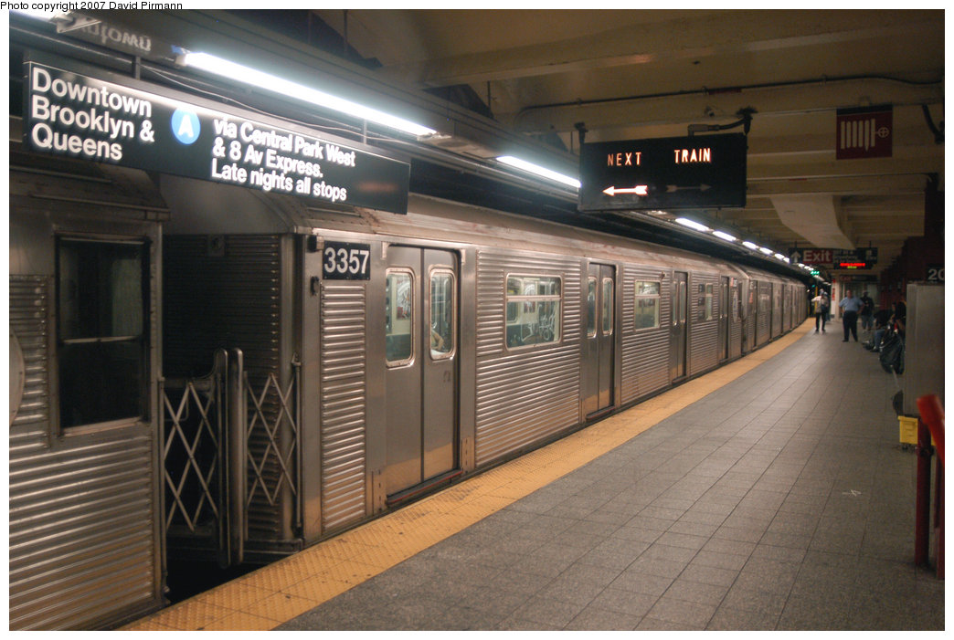 (212k, 1044x701)<br><b>Country:</b> United States<br><b>City:</b> New York<br><b>System:</b> New York City Transit<br><b>Line:</b> IND 8th Avenue Line<br><b>Location:</b> 207th Street <br><b>Route:</b> A<br><b>Car:</b> R-32 (Budd, 1964)  3357 <br><b>Photo by:</b> David Pirmann<br><b>Date:</b> 9/10/2007<br><b>Viewed (this week/total):</b> 2 / 1390