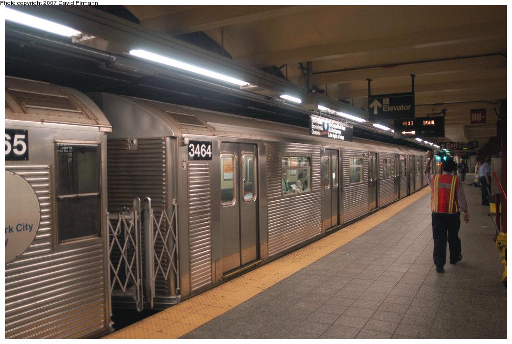 (203k, 1044x701)<br><b>Country:</b> United States<br><b>City:</b> New York<br><b>System:</b> New York City Transit<br><b>Line:</b> IND 8th Avenue Line<br><b>Location:</b> 207th Street <br><b>Route:</b> A<br><b>Car:</b> R-32 (Budd, 1964)  3464 <br><b>Photo by:</b> David Pirmann<br><b>Date:</b> 9/10/2007<br><b>Viewed (this week/total):</b> 1 / 1673