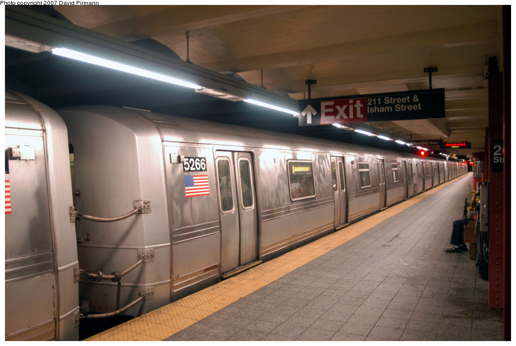 (187k, 1044x701)<br><b>Country:</b> United States<br><b>City:</b> New York<br><b>System:</b> New York City Transit<br><b>Line:</b> IND 8th Avenue Line<br><b>Location:</b> 207th Street <br><b>Route:</b> A<br><b>Car:</b> R-44 (St. Louis, 1971-73) 5266 <br><b>Photo by:</b> David Pirmann<br><b>Date:</b> 9/10/2007<br><b>Viewed (this week/total):</b> 0 / 2408