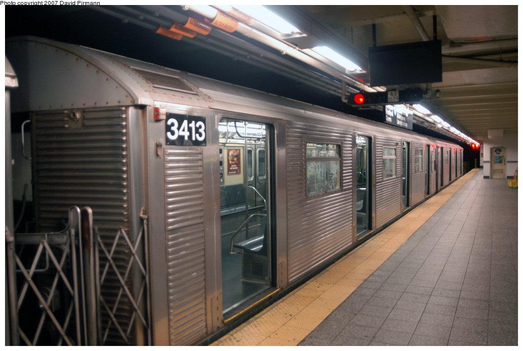 (200k, 1044x701)<br><b>Country:</b> United States<br><b>City:</b> New York<br><b>System:</b> New York City Transit<br><b>Line:</b> IND 8th Avenue Line<br><b>Location:</b> 207th Street <br><b>Route:</b> A<br><b>Car:</b> R-32 (Budd, 1964)  3413 <br><b>Photo by:</b> David Pirmann<br><b>Date:</b> 9/10/2007<br><b>Viewed (this week/total):</b> 1 / 1342