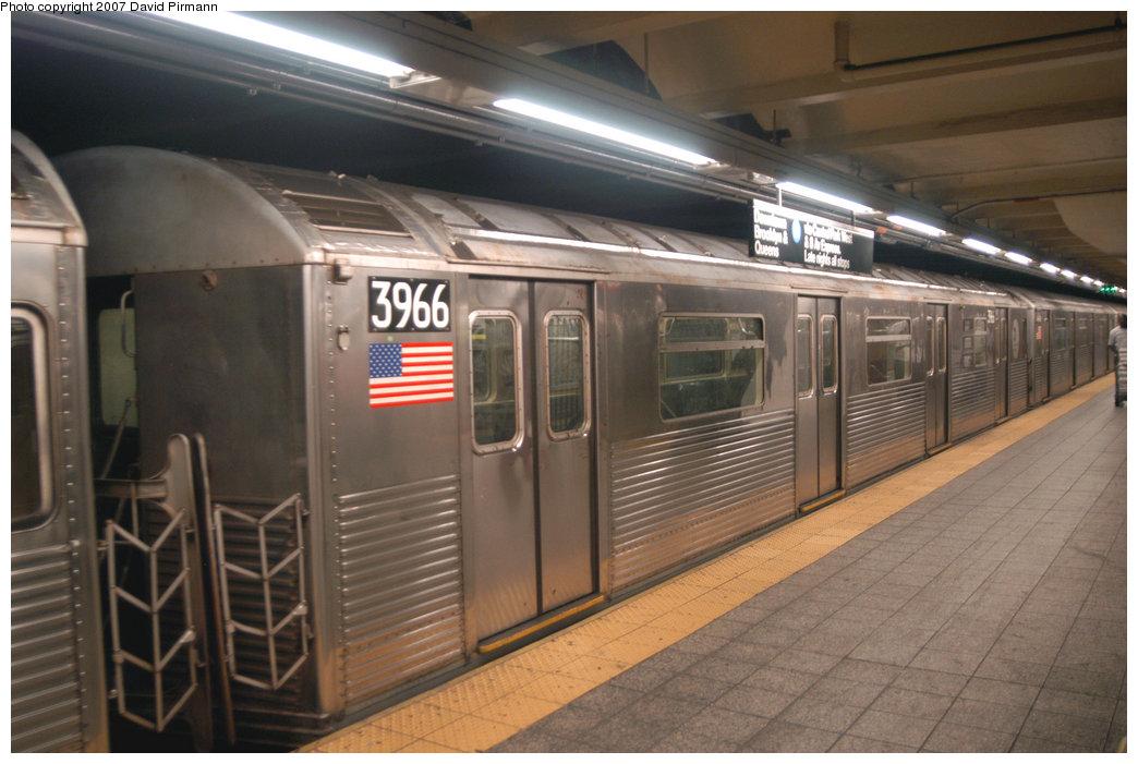 (196k, 1044x701)<br><b>Country:</b> United States<br><b>City:</b> New York<br><b>System:</b> New York City Transit<br><b>Line:</b> IND 8th Avenue Line<br><b>Location:</b> 207th Street <br><b>Route:</b> A<br><b>Car:</b> R-38 (St. Louis, 1966-1967)  3966 <br><b>Photo by:</b> David Pirmann<br><b>Date:</b> 9/10/2007<br><b>Viewed (this week/total):</b> 0 / 1501