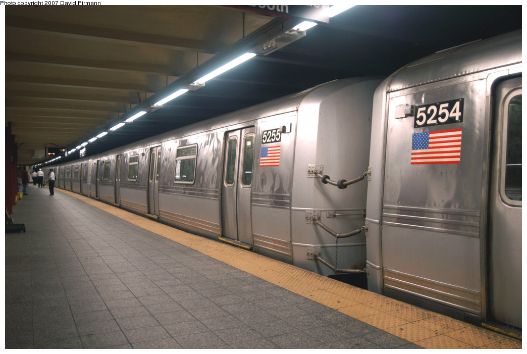 (183k, 1044x701)<br><b>Country:</b> United States<br><b>City:</b> New York<br><b>System:</b> New York City Transit<br><b>Line:</b> IND 8th Avenue Line<br><b>Location:</b> 207th Street <br><b>Route:</b> A<br><b>Car:</b> R-44 (St. Louis, 1971-73) 5255 <br><b>Photo by:</b> David Pirmann<br><b>Date:</b> 9/10/2007<br><b>Viewed (this week/total):</b> 2 / 1341