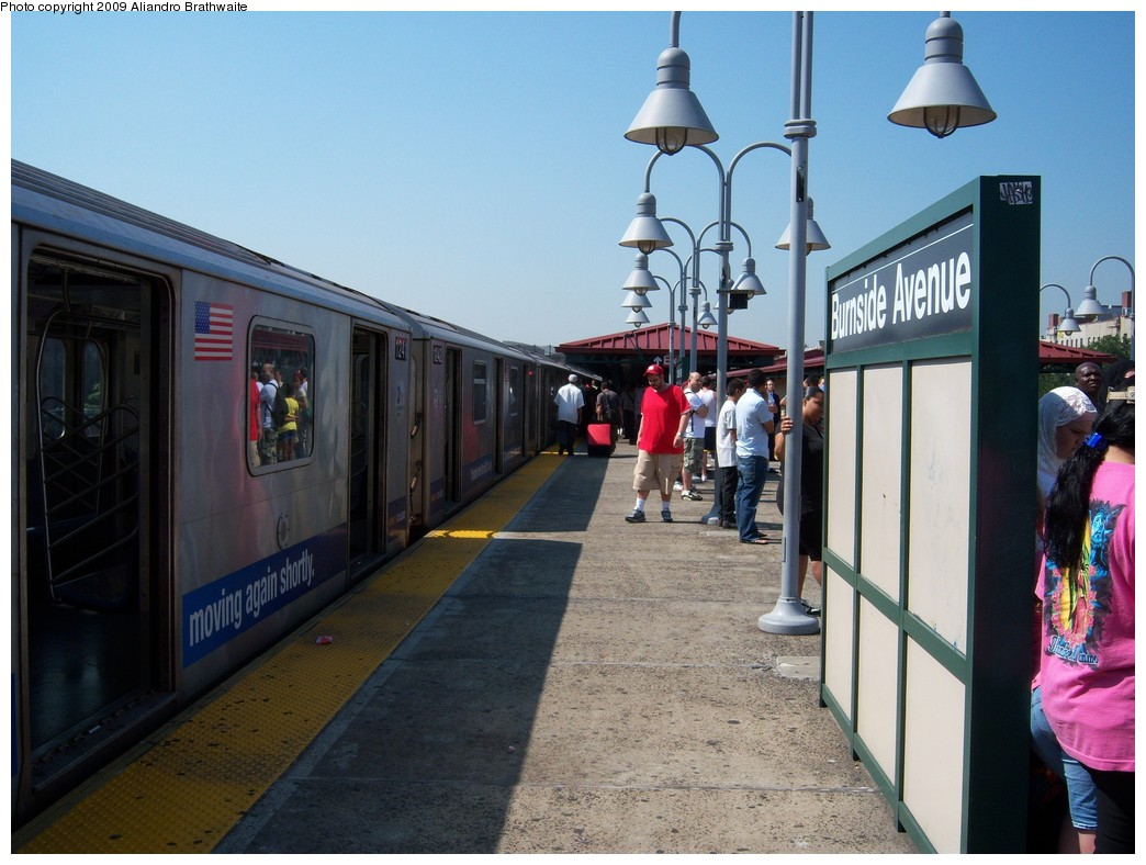 (220k, 1044x788)<br><b>Country:</b> United States<br><b>City:</b> New York<br><b>System:</b> New York City Transit<br><b>Line:</b> IRT Woodlawn Line<br><b>Location:</b> Burnside Avenue <br><b>Route:</b> 4<br><b>Car:</b> R-142 (Option Order, Bombardier, 2002-2003)  1241 <br><b>Photo by:</b> Aliandro Brathwaite<br><b>Date:</b> 8/18/2009<br><b>Viewed (this week/total):</b> 0 / 1938