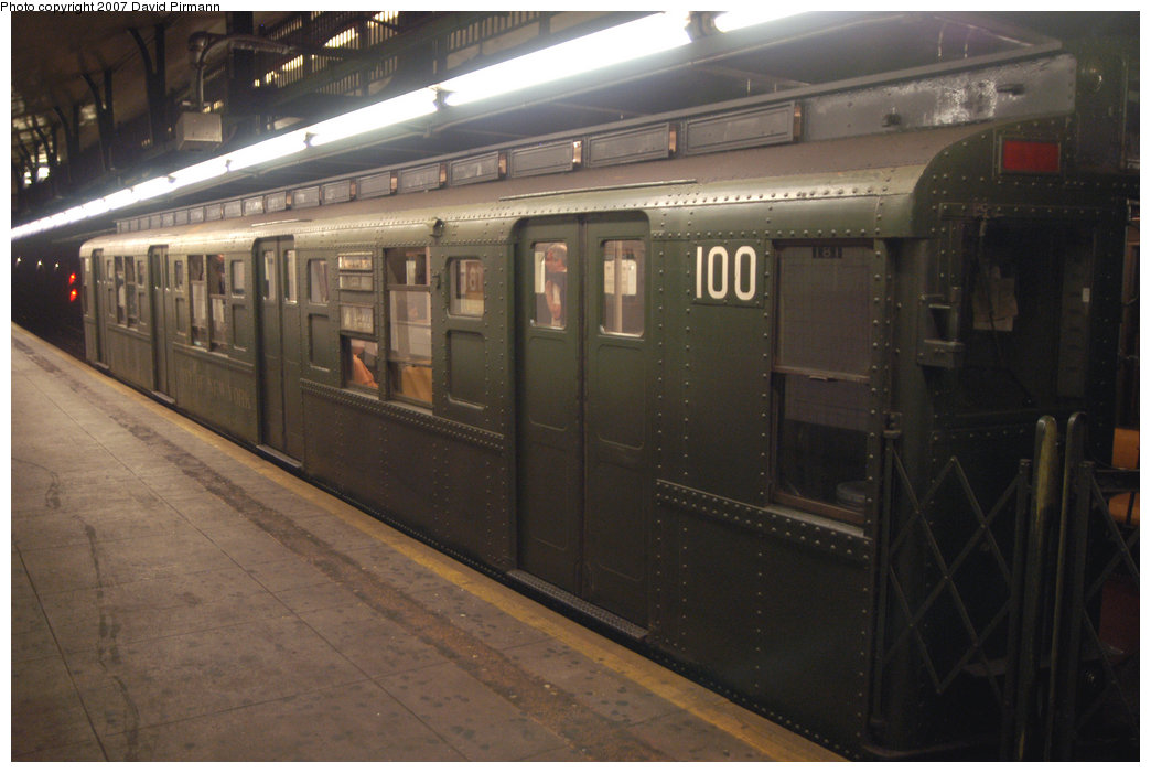 (175k, 1044x701)<br><b>Country:</b> United States<br><b>City:</b> New York<br><b>System:</b> New York City Transit<br><b>Line:</b> IND 8th Avenue Line<br><b>Location:</b> 181st Street <br><b>Route:</b> Fan Trip<br><b>Car:</b> R-1 (American Car & Foundry, 1930-1931) 100 <br><b>Photo by:</b> David Pirmann<br><b>Date:</b> 9/10/2007<br><b>Notes:</b> Train in regular service for the 75th Anniversary of the opening of the A line (technically not a fantrip).<br><b>Viewed (this week/total):</b> 1 / 2212