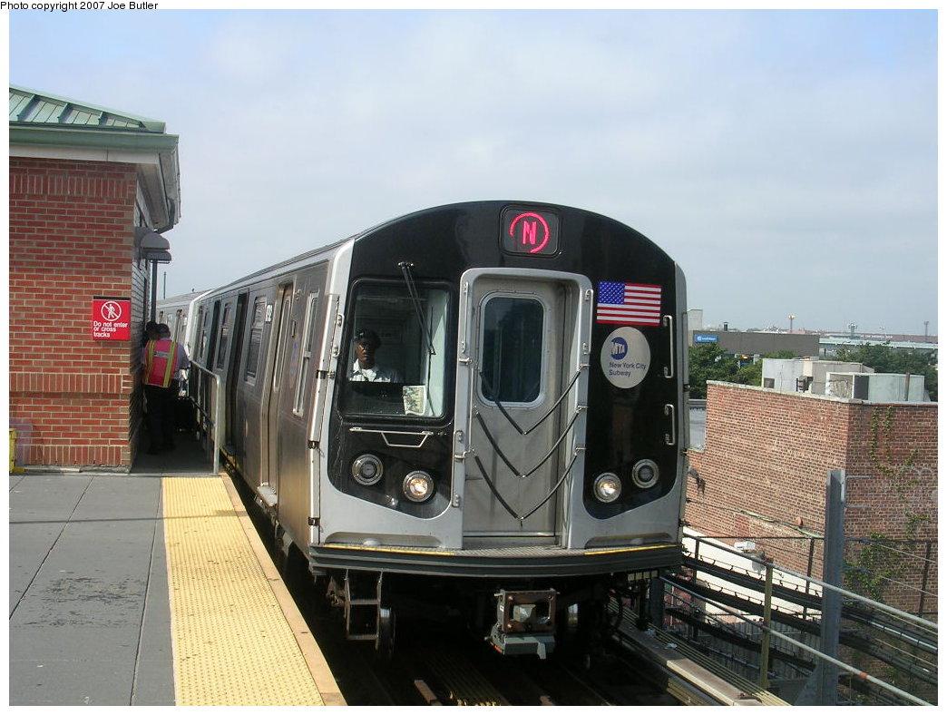 (204k, 1044x788)<br><b>Country:</b> United States<br><b>City:</b> New York<br><b>System:</b> New York City Transit<br><b>Location:</b> Coney Island/Stillwell Avenue<br><b>Route:</b> N<br><b>Car:</b> R-160B (Kawasaki, 2005-2008)  8792 <br><b>Photo by:</b> Joe Butler<br><b>Date:</b> 8/23/2007<br><b>Viewed (this week/total):</b> 0 / 2610